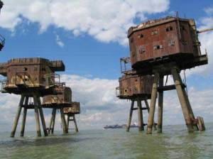 Benteng Tentara Merah di Tengah Laut