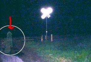 tkp-gila.blogspot.com - 15 Foto Penampakan Hantu Paling Terkenal di Dunia