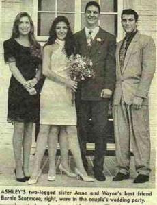 Ashley meski berkaki empat banyak pria ganteng mencintainya