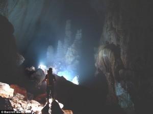 Son Doong Cave menumbangkan rekor dunia Deer Cave di Malaysia/foto daily mail