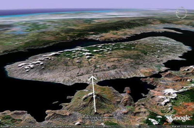 untuk Samosir adalah pulau danau di atas danau. Ini karena di dalam