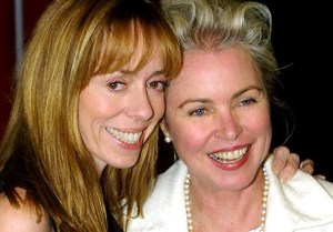 Mackenzie dan mantan ibu tirinya, Michelle
