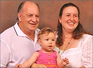john, jenny dan putri mereka