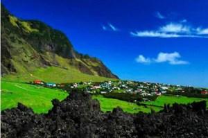 Pulau Tristan de Cunha, pulau terisolir di mana kasus incest banyak terjadi