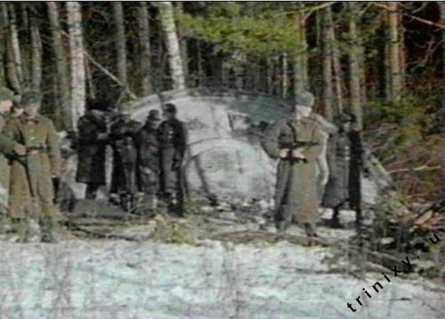 Konon, tahun 1968, UFO jatuh di sebuah hutan di wilayah kekuasaan   Uni Soviet. Mayat alien kabarnya sempat dikeluarkan dari pesawat dan   diotopsi. Sayangnya info tentang ini sangat rahasia/sumber   foto:https://www.zamandayolculuk.com/cetinbal/russiaufocrash.htm
