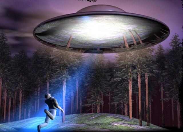 Ilustrasi penculikan Travis Walton oleh Alien